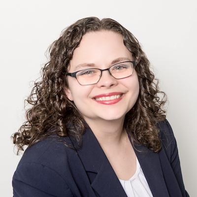 Sarah Hassmer Headshot